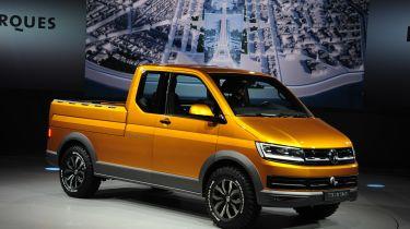 VW TriStar在新的T6运输车上拾取概念提示