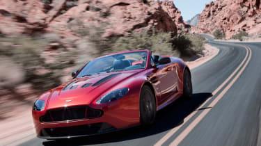 Aston Martin V12 Vantage S Roadster透露了565bhp