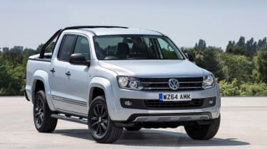 Volkswagen Amarok黑暗标签为英国设置