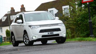 新的税收制度达到绿色汽车销售
