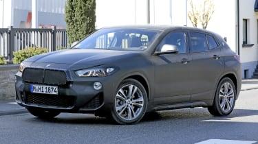 新的Fackifted BMW X2 SUV设置到2021年